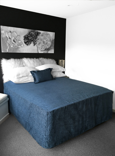 Picture of Chapeau Un-Piped Bed Cover  - Caribbean